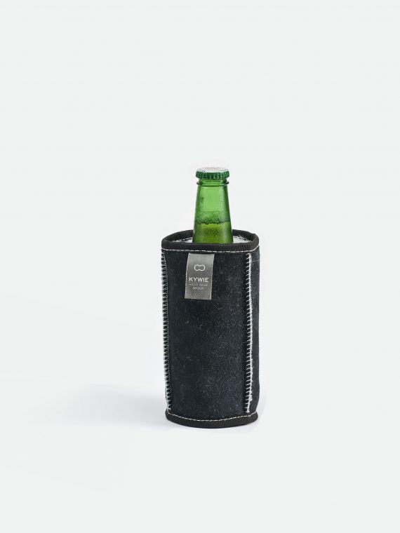 a cold 500 ml bottle in a kywie demi
